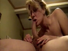 Hot Milf Sex Getting Her Mouth to Suck Husband Dick