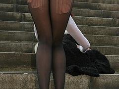 Hot Woman Flashing Nice Ass Outdoor