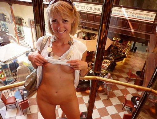 Mom Flashes Nude in Public Place