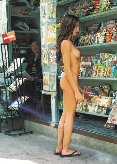Public nudist hot girl