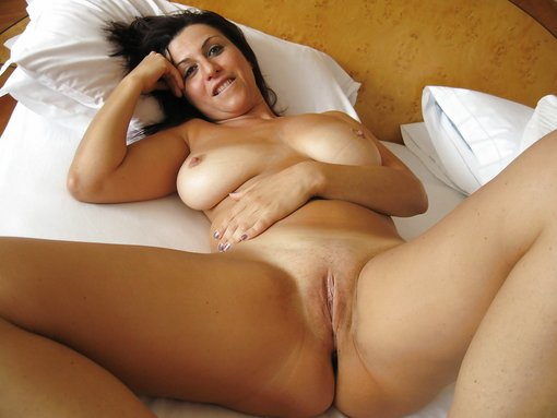 Nude Wife Spreads Her Legs