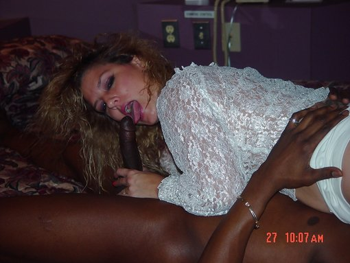 black-hottie-mature-entertainment-adult-video-xxx-missionary-sex