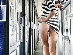 Sexy Girl Flashing Her Perfect Nude Ass in Public Transport